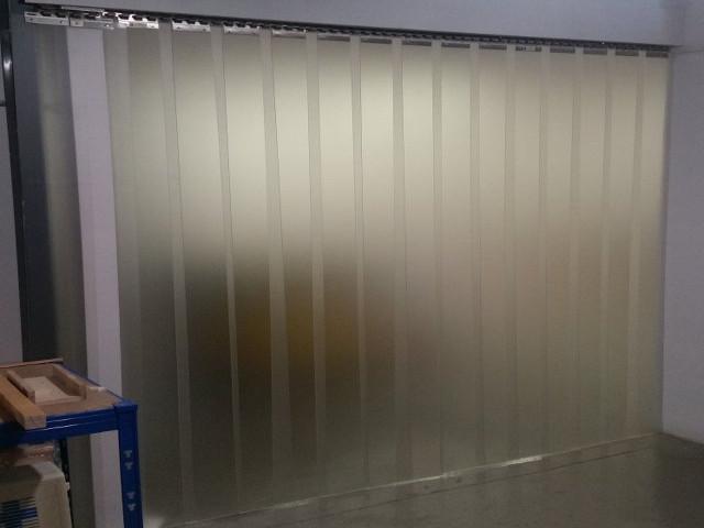 cortina-lama-pvc-translucida1