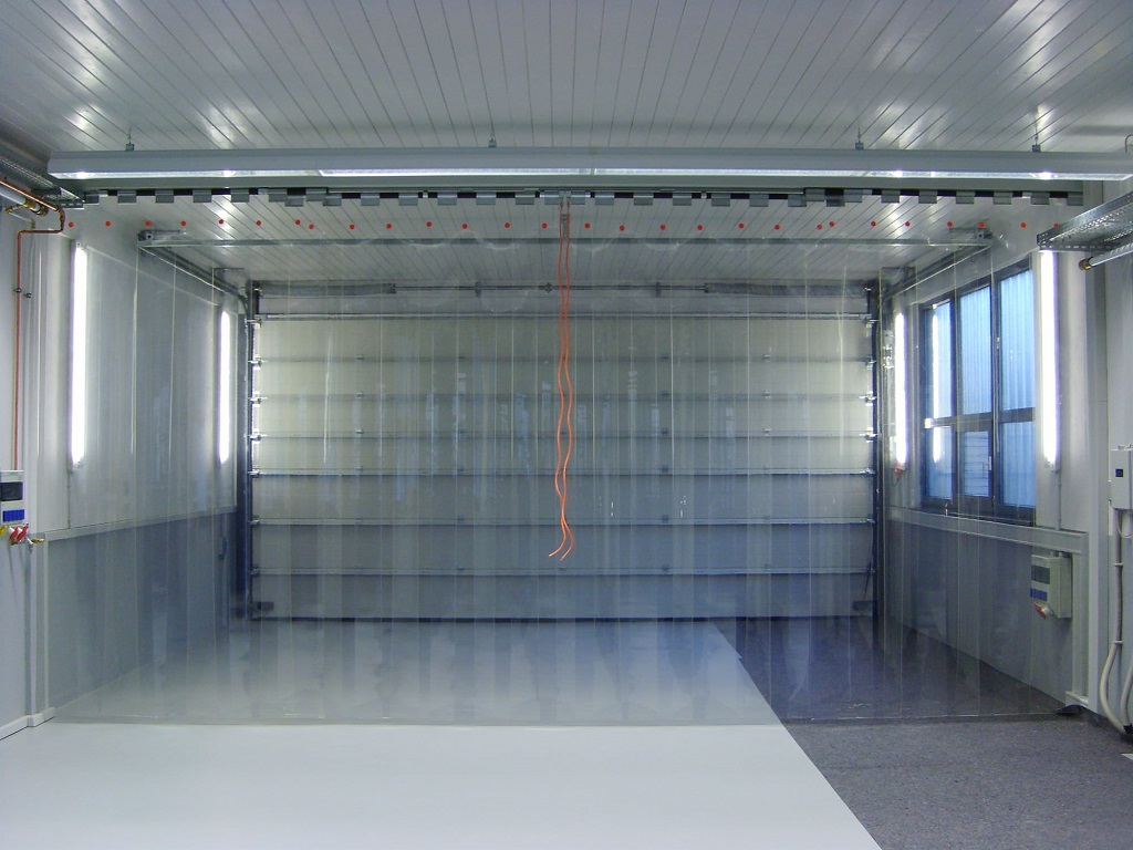 Cortinas de lamas en PVC para temperaturas controladas
